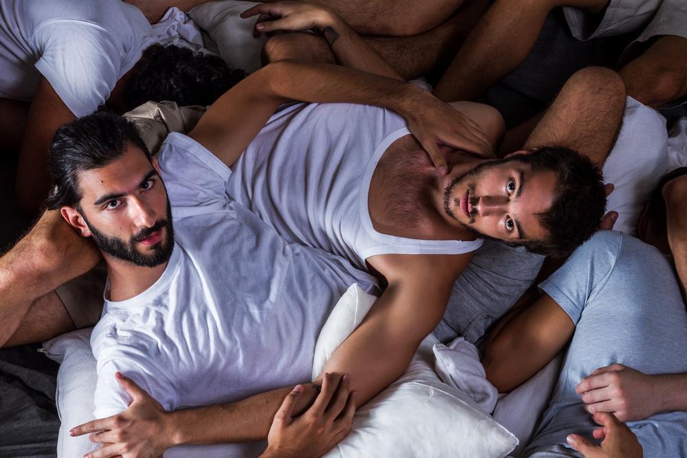 τα τέσσερα f των γνωριμιών ραντεβού Alex online σαουέν