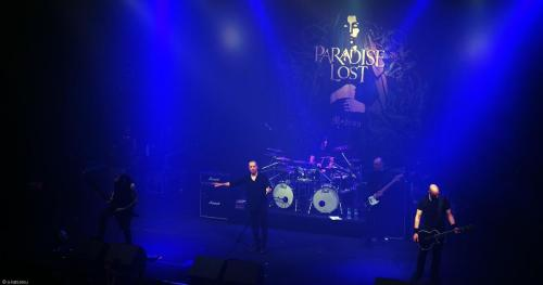 Paradise Lost (29)